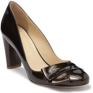 • NWOT Butter Shoes Petra Leather Bow Pump
